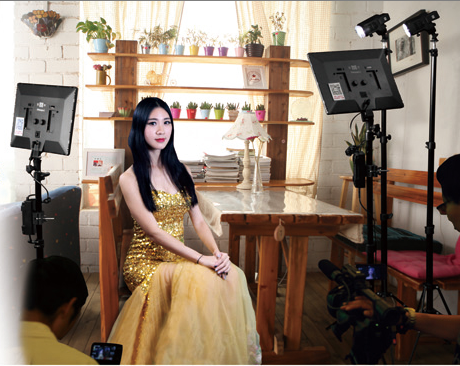 NANGUANG WEDDING LIGHT KIT  2 X CN-LUXPAD43 + 2 X Stativ LS-2000 + 4 X NP-F970