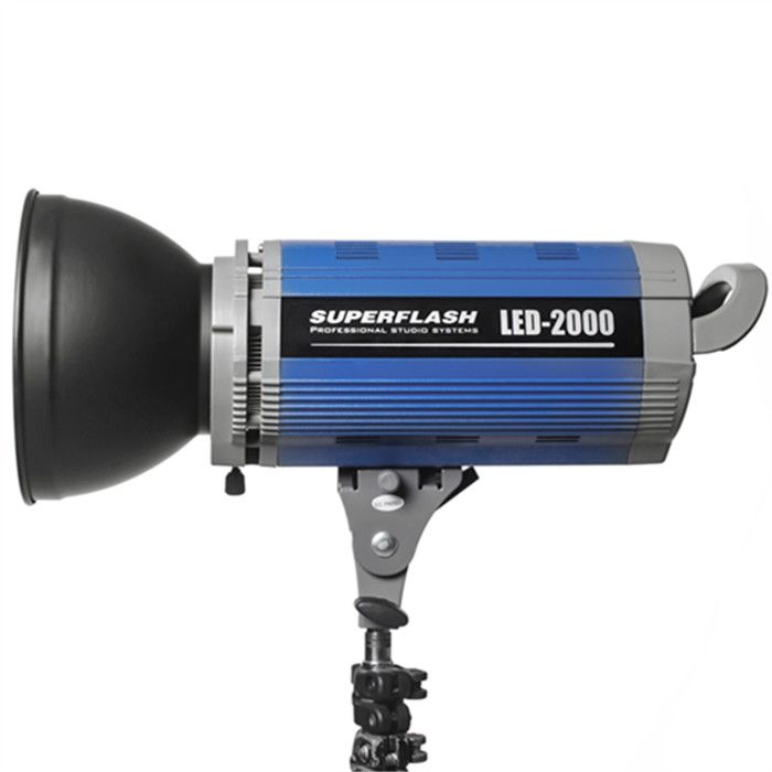 SUPERFLASH LED-2000 OPEN FACE STUDIO LIGHT 5600K  / 2000W