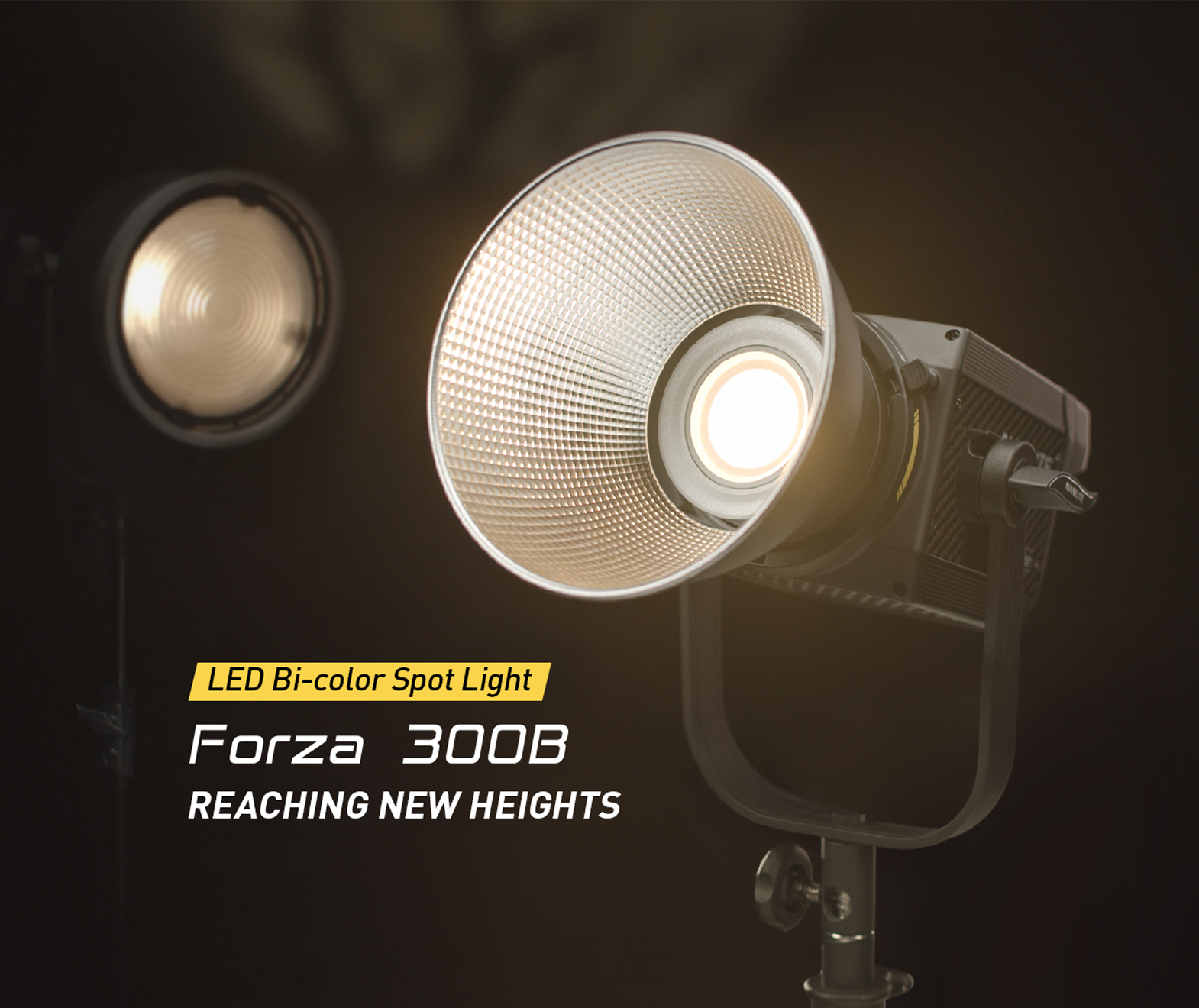 NanLite Forza 300B LED Bi-color Spot Light 37440 LUX